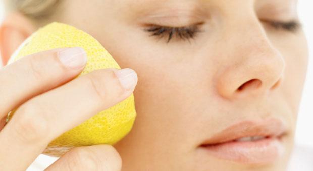 Осветление кожи лимоном