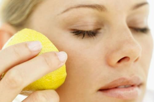 Протирание кожи лимоном