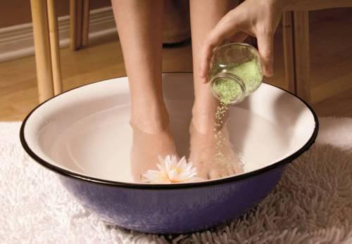 Травяная ванночка для ног