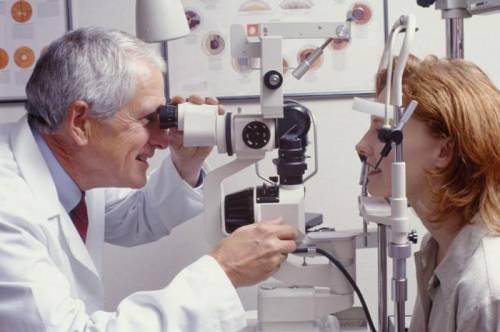 На приеме у офтальмолога