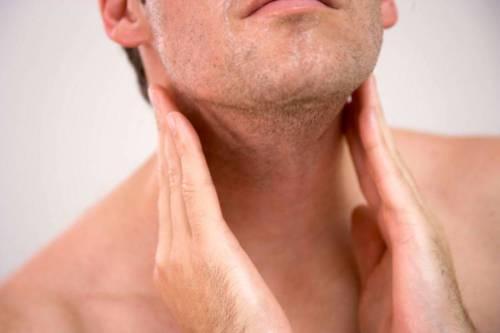 Ощупывание шеи