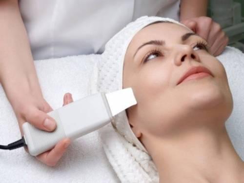 Процедура в косметическом салоне