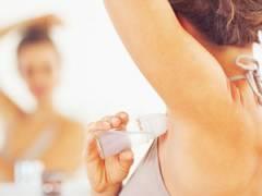 Использование дезодоранта от потливости