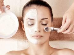 Косметическая процедура для лица
