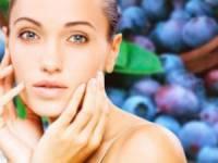 Чистая кожа лица и сливы